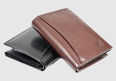portfel skórzany męski TSHC 4076 <br/> wymiary 12,5 x 9,5 cm