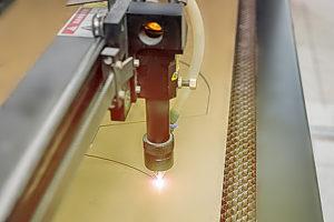 znakowanie laserem CO2